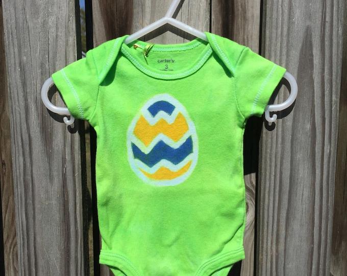 Easter Egg Bodysuit (3 months), Easter Baby Bodysuit, Easter Baby Shirt, Green Easter Egg Bodysuit, Easter Baby Boy, Easter Baby Girl