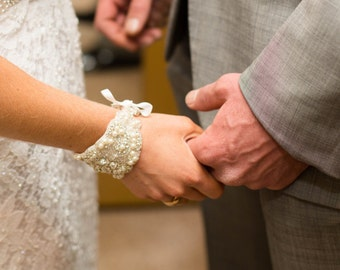 Cuff bracelet, bridal bracelet, beaded bracelet, wedding jewelry, rhinestone bracelet, Swarovski crystal bracelet