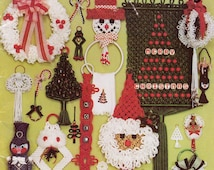70s Macrame patterns book Tis The Season To Be Knotting Christmas Holiday designs by Judy Palmer