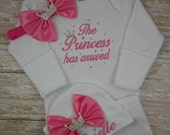 Baby girl coming home gown, baby girl coming home outfit, hospital gown, baby hospital hat, newborn baby girl, The Princess has arrived, set