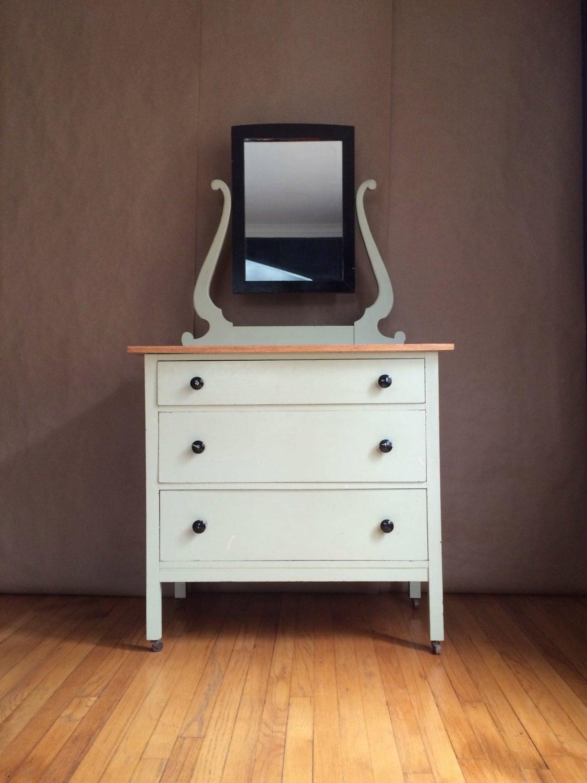 1940 S 50 S Antique Dresser Farmhouse Vanity Chest