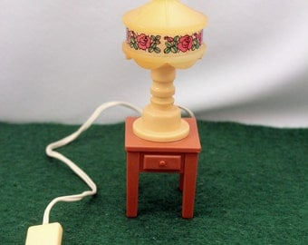 Miniature Dollhouse Electric Lamp and End Table Plastic Tiffany Style