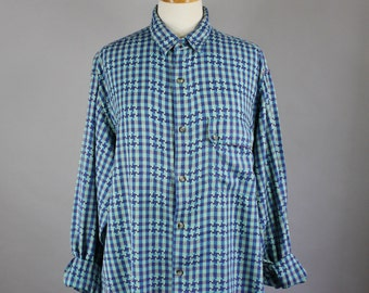 Vintage 80s Women's Royal Blue Green Houndstooth Check Spring Summer Wear to Work Button Down Long Sleeved Shirt Blouse