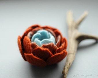 READY TO SHIP, Rustic flower pin, Minimal flower, Felt Flowers, Rust brown Felt Flower Brooch, Sky Blue flower, Floral jewelry, Fiber art