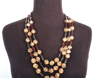 vintage Hobe' jewelry set - 1950s-60s brown stone multi-strand necklace & clip on earrings set