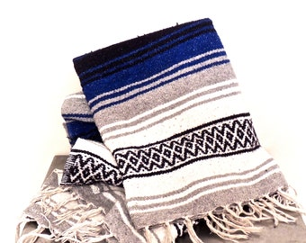 vintage serape blanket - 1960s-70s fringed southwestern blanket