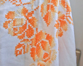 Vintage Tablecloth, Hand Embroidery, Roses Tablecloth, Vintage Linens, Orange Yellow, Shabby Chic Home, Mid Century Cottage, Home Decor