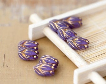 Vintage Lilac Purple Gold Etched Tulips Lucite Beads 14mm