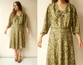 1950's Vintage Green Floral Printed Day Dress Size Large