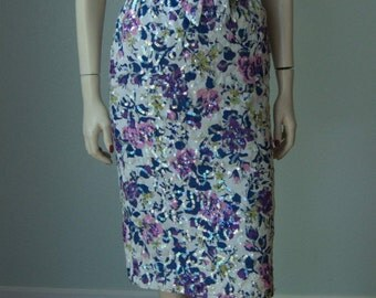 1950s-60s Hourglass Dress // Floral Printed Cotton with Glossy Sequins // Dressy Resort - Summer - Weekend Party Dress // Tailored