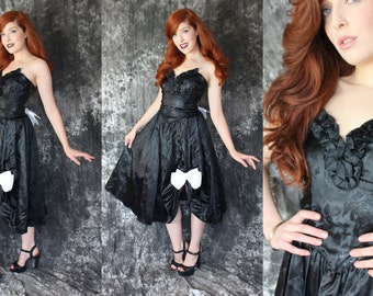 Vintage 1980s Does The 1950s Rockabilly Brocade Cocktail Dress