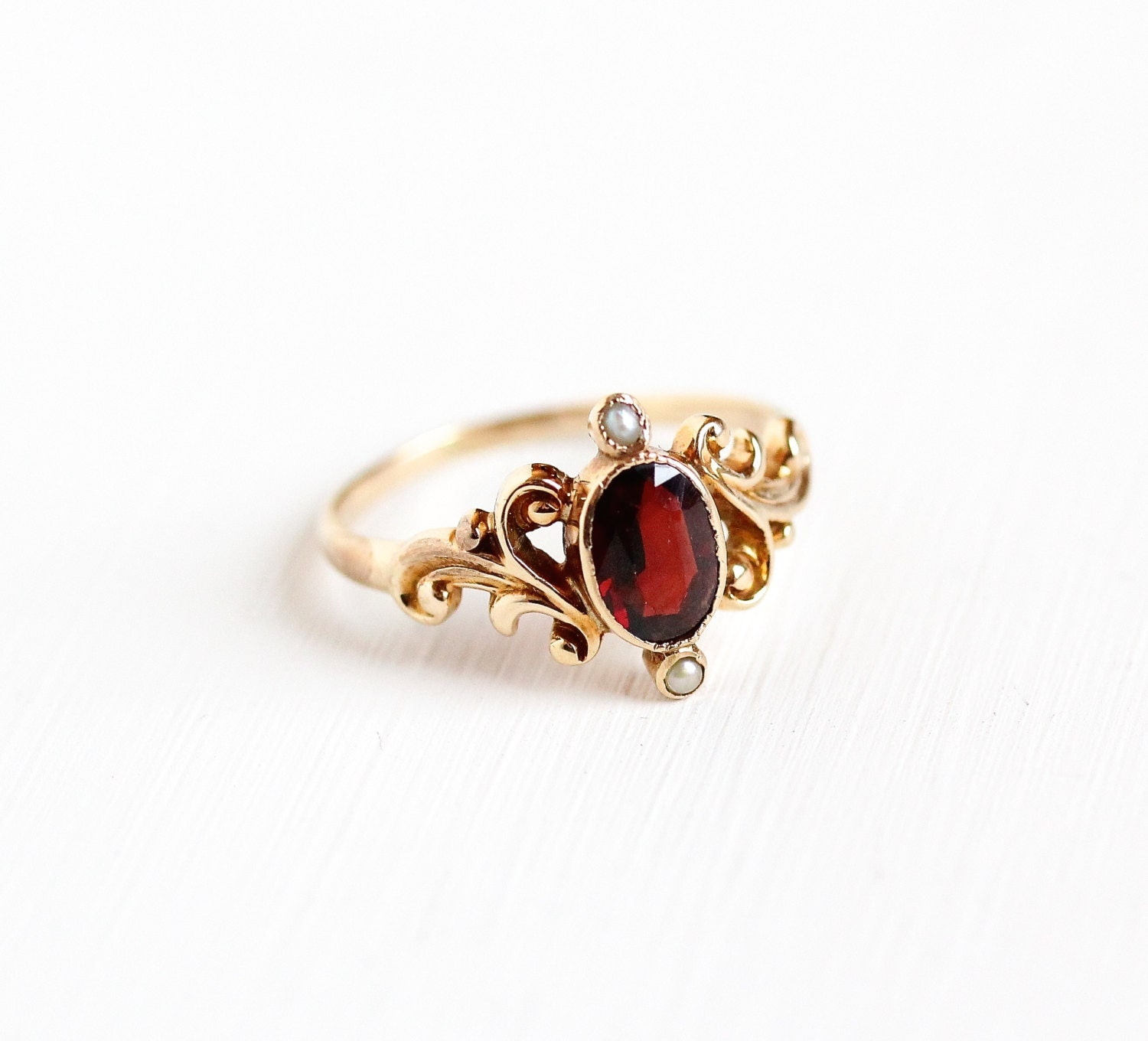 Antique Victorian 10k Rose Gold Garnet Seed Pearl Ring Size