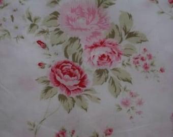 "Rachel Ashwell "" Wildflower Bouquet"" Fabric Pink Roses 30""X18"""