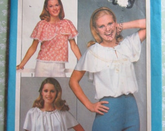 Easy to Sew Misses Jiffy Sleeveless Pullover Top Size Small (10-12) Vintage 1970's Simplicity Pattern 8422 UNCUT