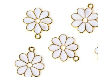 NEW Pretty White Charm Flowers Gold Plated White Enamel 22MM x 19MM (4) - (WCG2212)