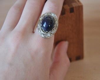 Blue Goldstone Silvertone Adjustable Ring // 1970s Glittery Gemstone Semi-Precious