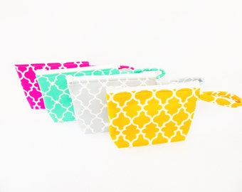 Quatrefoil  Bridesmaids Gift / Party Favors  Assorted Print Makeup Bags // Gift Set of 4 // Bridesmaid Gift Set  / Wristlet / Cosmetic Bag.