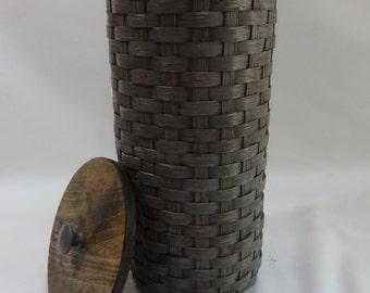 Bathroom Tissue Basket-Toilet Paper Basket- Primitive- Painted Basket