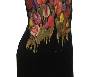 Colorful Vintage Victoria Canada TULIPS Reshaped T-Shirt / Tunic / Dress sz. M