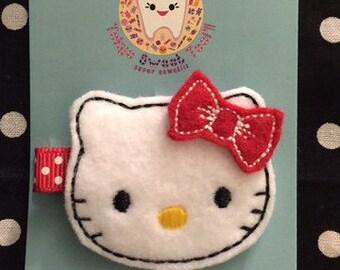 Kawaii Hello Kitty Hair Clip !!