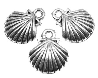 Silver Charms : 10 Antique Silver Seashell Charms/ Silver Ox Beach Pendants ... 15x12mm -- Lead, Nickel & Cadmium Free 51912.J6A