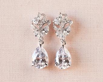 Bridal Earrings,  Crystal wedding earrings, Rose Gold Wedding jewelry,Bridal Jewelry,  Bridesmaids, Callie Bridal Earrings