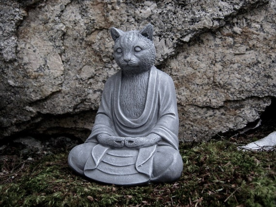 Statue de bouddha chat chats b ton bouddha d cor de jardin for Decoration jardin bouddha