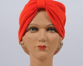 vintage hat/ red turban toque