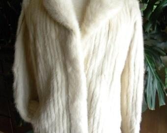 Pretty cream mink fur coat / jacket