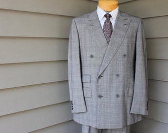 vintage 1970's -Turnbull & Asser- Men's 2 piece DB suit. Prince of Wales worsted - All Wool. Flat front pant w/ belt. US Size 40 - 41