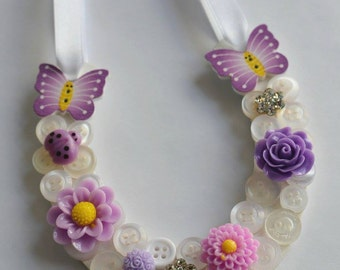 Summer themed Daisy Flowers Butterfly Good Luck Button Wedding Horseshoe in Purple / White mix