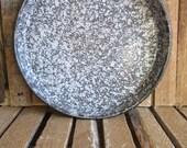 Baking Pan - Round Pan - Graniteware Pan - Splatterware Pan - Enamelware Baking Pan - Vertical Sides