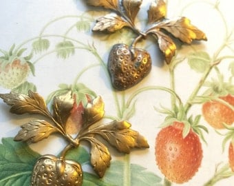Vintage Strawberry Ornament (2 pc)