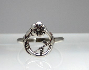 Flower and Vine sterling silver ring, silver ring, flower ring, vine ring, eco friendly, statement ring, bridesmaid gift, botanical ring