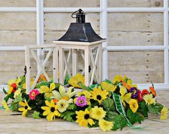 Lantern Centerpiece , Table Centerpiece , For Home , Lantern W Flowers , Lantern Arrangement , Rustic Lantern Centerpiece , Home Decor