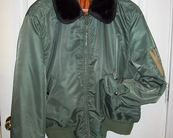 Vintage Mens Green Nylon Flight Bomber Jacket Extra Large Only 30 USD