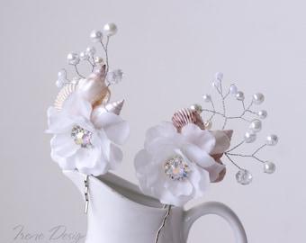 flower wedding headpiece, pearls. Beach wedding headpiece. seashell,pearls, flower hair pin