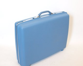 Vintage 60s mod Blue Plastic Samsonite hard case Suitcase locking with Key luggage suit case travel storage bin Mid Century modern