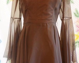 1970s Bell Sleeved Vintage Dress with Ruffled Skirt, Stevie Nicks, Boho Prom Dress, Bridal, Witch