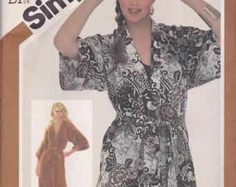 Kimono Style Bath Robe Pattern Simplicity 5545 Size 14/16 Uncut