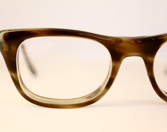Damaged Vintage 50's Tortoise Shell Cat Eyeglasses