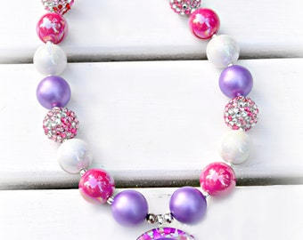 Valentine's Cupid Chunky Bead Necklace for girls/Valentine's Day Necklace