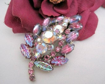 Red Rhinestone Brooch Glass Cabochons and Givre Stones
