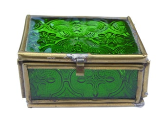 Edwardian Emerald Glass Trinket Box Vintage Trinket Box Vintage Jewelry Box Antique Box Vintage Green Glass Box