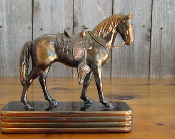 Base Western - Vintage 1940s Trophy Craft Bronze Metal Copper Washed Horse Statue