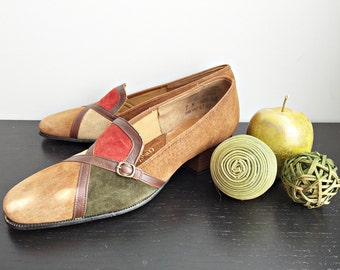 Vintage 70s color block suede shoes/ brown red green patchwork/ New Old Stock size 7 pumps/ California Cobblers Gaiety/ new in original box