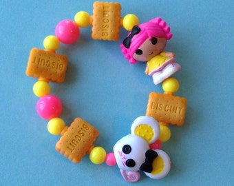 Crumbs Sugar Cookie and Mouse Stretch Bracelet with Biscuit Charms