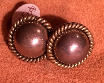 Sale - Vintage Sterling Silver Round Post Earrings