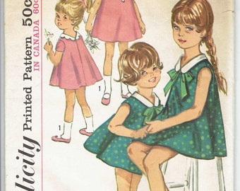 Simplicity 6032 Vintage 60's Girl's Dress with Scalloped Collar Sewing Pattern Size 4  - UNCUT & Factory Folded