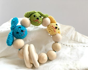 Boys Teething toy Crochet wooden beads teether Wooden beads rattle Natural teether Wooden teething toy with dogs heads